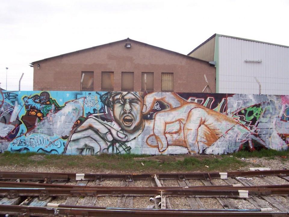 Bigger is Better DGF – 2006