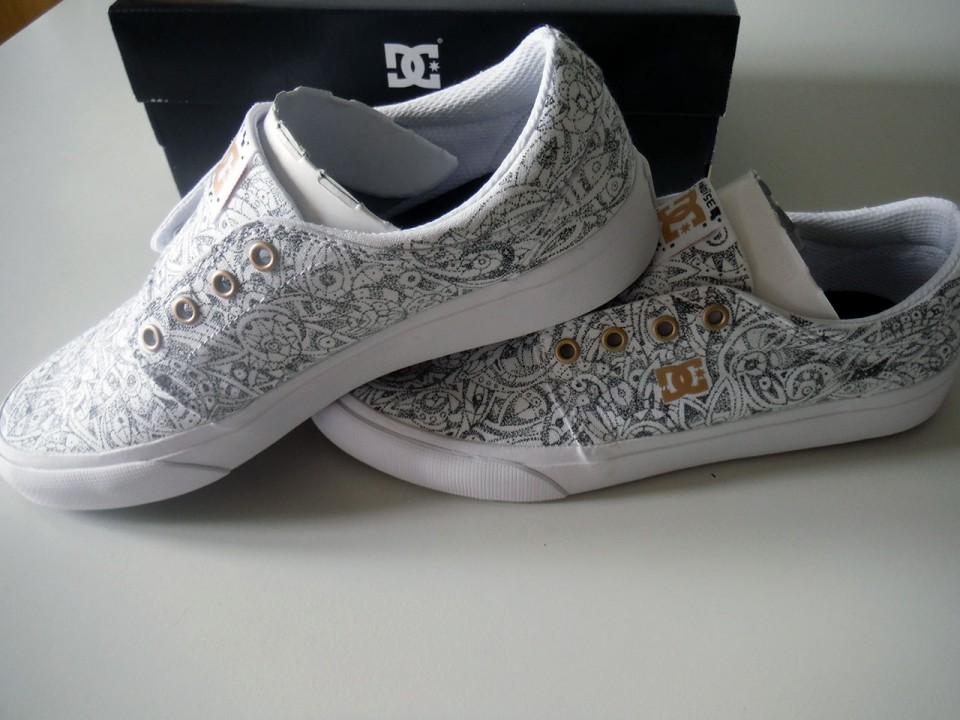 DC Shoes – Dotted – V2
